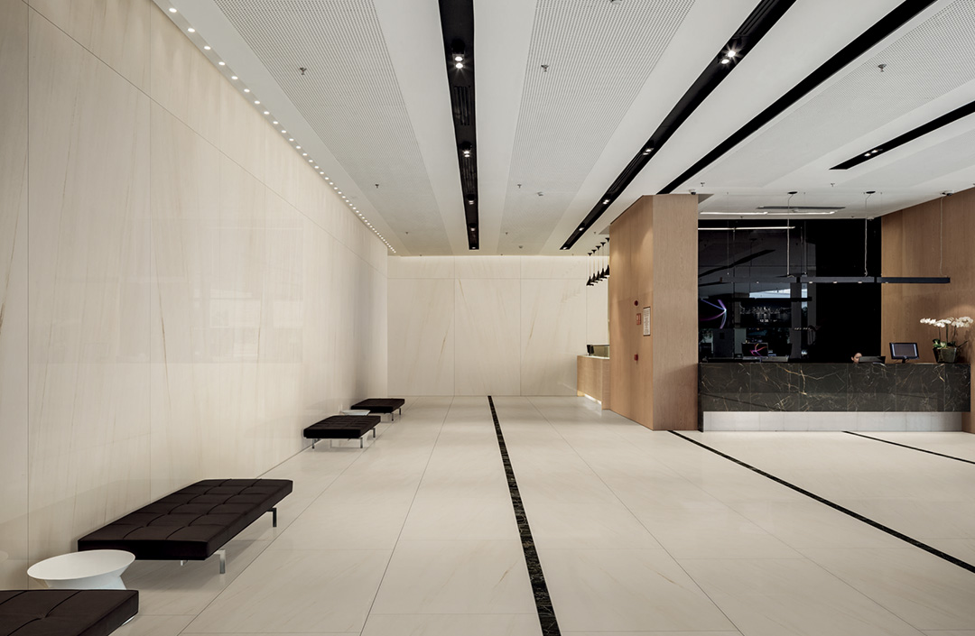 Hall Hotel white marble effect slabs tiles ceramics